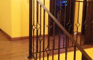 Кованые ограждения на лестницу