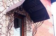 Козырек кованый вход в дом