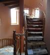 Лестница из дерева внутренняя