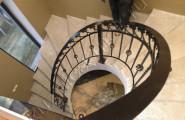 Радиусное кованое ограждение на лестницу