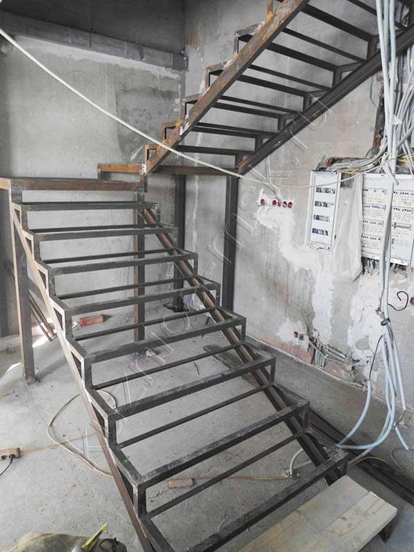 фото металлические лестницы