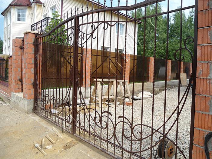 Автоматические ворота коричневые