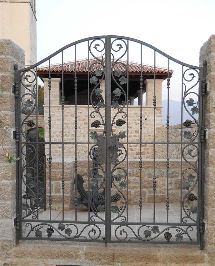 Ворота кованые своими руками видео