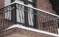 Балкон с кованым ограждением код: Б-703