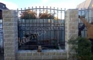 Забор на кирпичных столбах № З-425