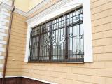 Решетка на окне, ковка