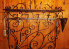 Вешалка кованая на стену