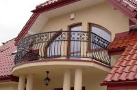 Кованый балкон загородного дома, код: Б-699
