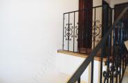 Кованое ограждение лестницы, окончание монтажа