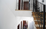 Кованые перила лестничные после установки