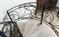 Радиусные кованые лестницы