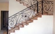 Ограждение лестницы на второй этаж