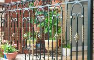 Балкон кованый в загородном доме код: Б-711