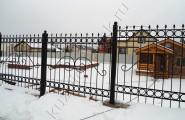 Разноуровневый кованый забор