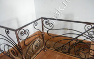 Фото кованых перил внутри дома