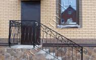 Уличное ограждение лестницы крыльца