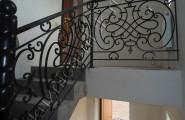 Перила кованые лестничные