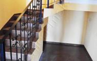 Лестничные перила на второй этаж