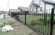 Кованый забор, ограждение загородного дома