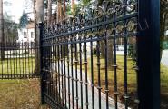 Кованый забор частных территорий
